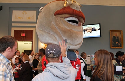 Over 200 people attended the National Bison Day event on Capitol Hill in Washington, DC, which featured Teddy Roosevelt of the Washington Nationals' Racing Presidents in recognition of President Roosevelt's leadership in saving bison from extinction. (Nov. 2012) <b>&copy;WCS</b>